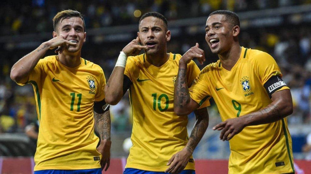 a qué hora juega Brasil