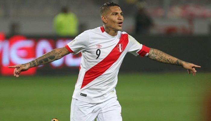 a qué hora juega Perú