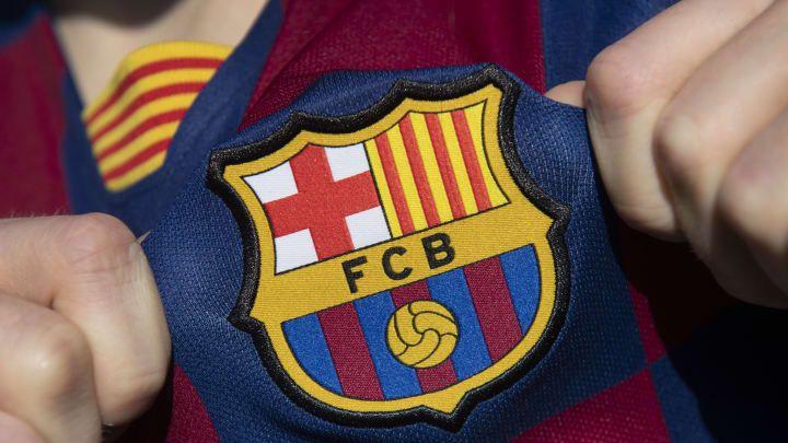 A qué hora juega Barcelona